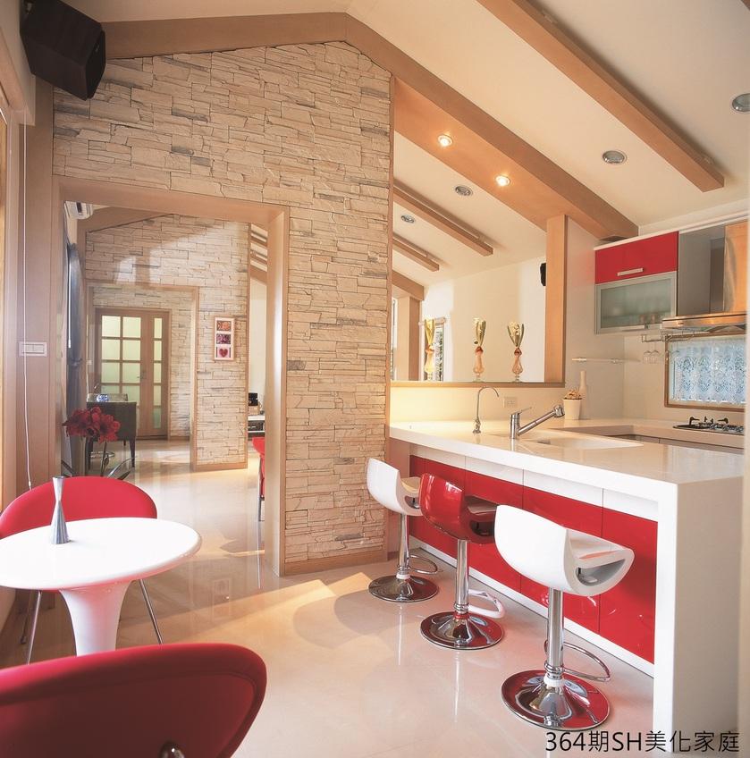 舍一室拉大臥房空間 開放式客廳餐廳變身情感交流區