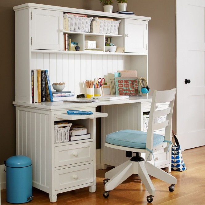 girl-bedroom-desk-white-and-blue-and-coffee-665x665.jpg