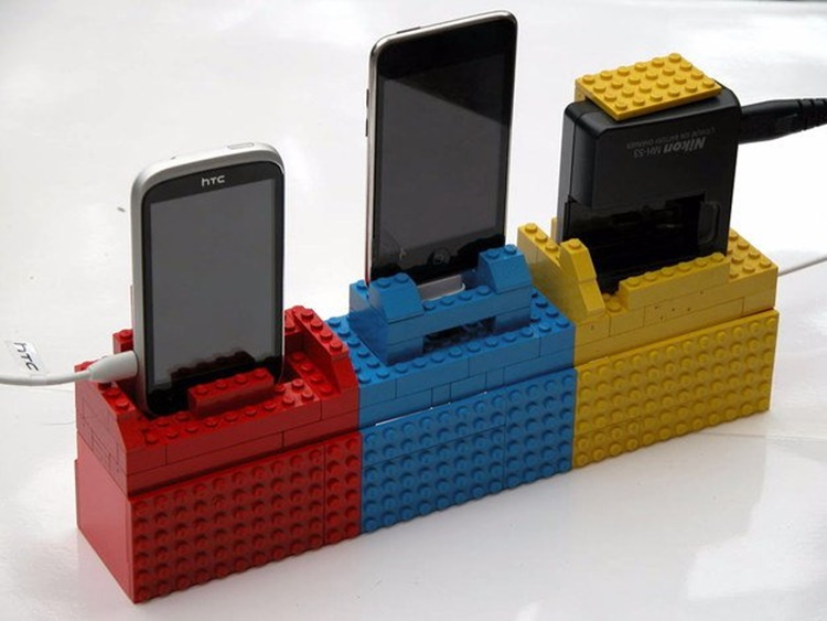 lego-craft-Ways-To-Upcycle-reuse-recycle-Lego3.jpg