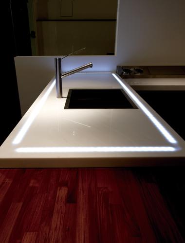 led燈台面.jpg