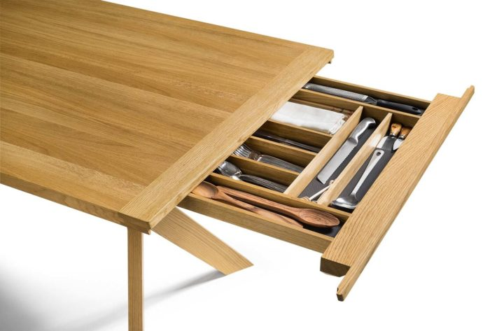 YPS-extendable-dining-table-700x473.jpg