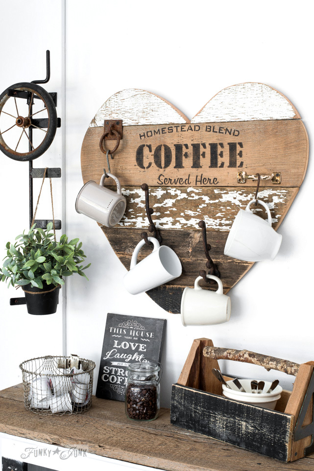 Homestead-Blend-Coffee-reclaimed-wood-heart-mug-holder-002.jpg