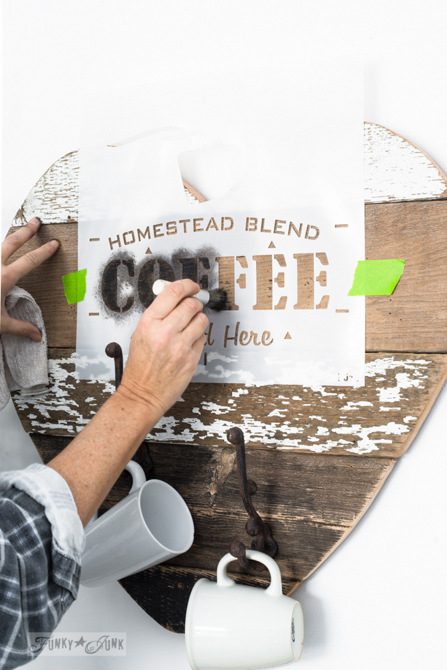 Homestead-Blend-Coffee-reclaimed-wood-heart-mug-holder-001.jpg