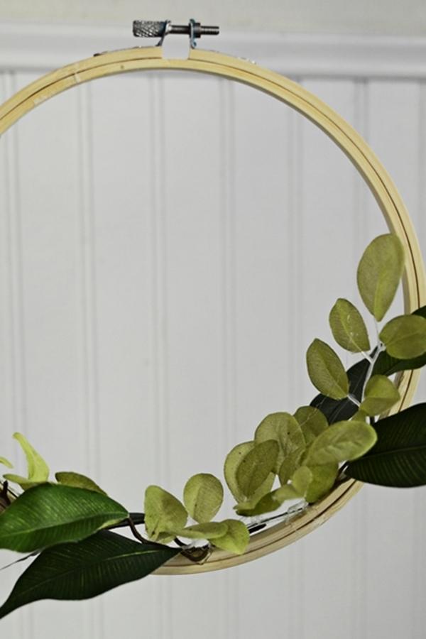 DIY-Birdhouse-Wreath.jpg