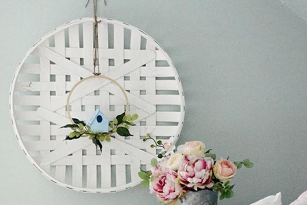 DIY-Paper-Birdhouse-Wreath-4.jpg