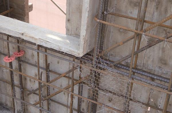 窗框-防裂鋼網補強.jpeg