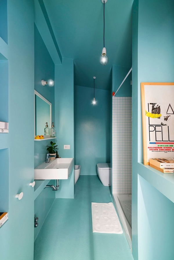 Use-of-light-blue-in-the-bathroom-gives-it-a-modern-cheerful-vibe.jpg