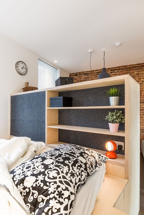 Small-London-studio-with-acoustic-felt-panels-on-bookshelves.jpg