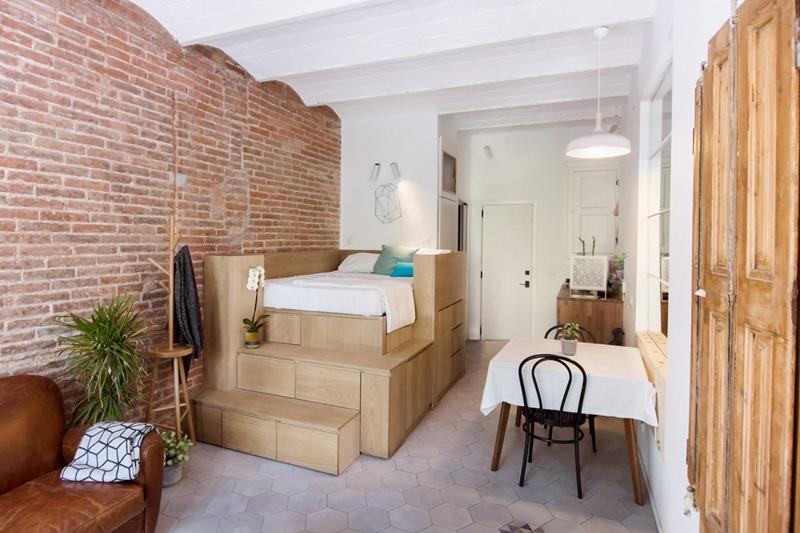 25m2-loft-barcelona-naimi-architecture-interiors-residential_dezeen_2364_col_3-1704x1136.jpg