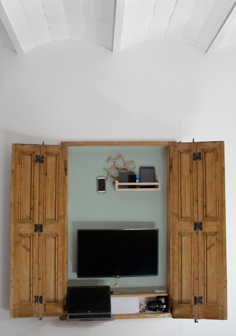 25m2-loft-barcelona-naimi-architecture-interiors-residential_dezeen_2364_col_10-1704x2426.jpg
