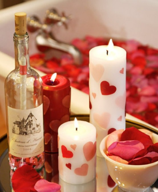 beautiful-and-romantic-candles-for-valentines-day-3-554x675.jpg