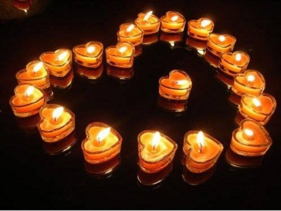 beautiful-and-romantic-candles-for-valentines-day-10-554x416.jpg