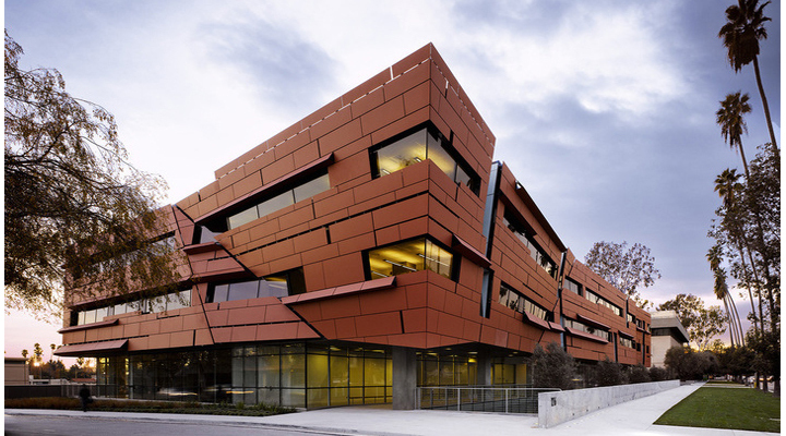 【榮獲LEED金級認證】Cahill Center for Astronomy and Astrophysics