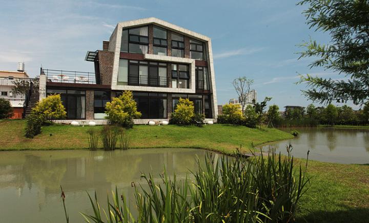 HomeMesh居家市集 | 稻田 光影 與季節風的相遇~自然捲民宿